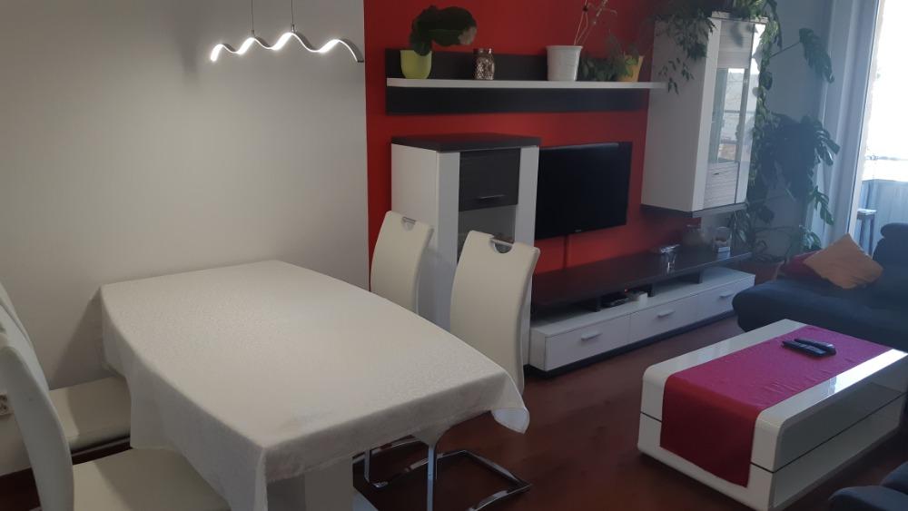 Obývací pokoj, pohled B